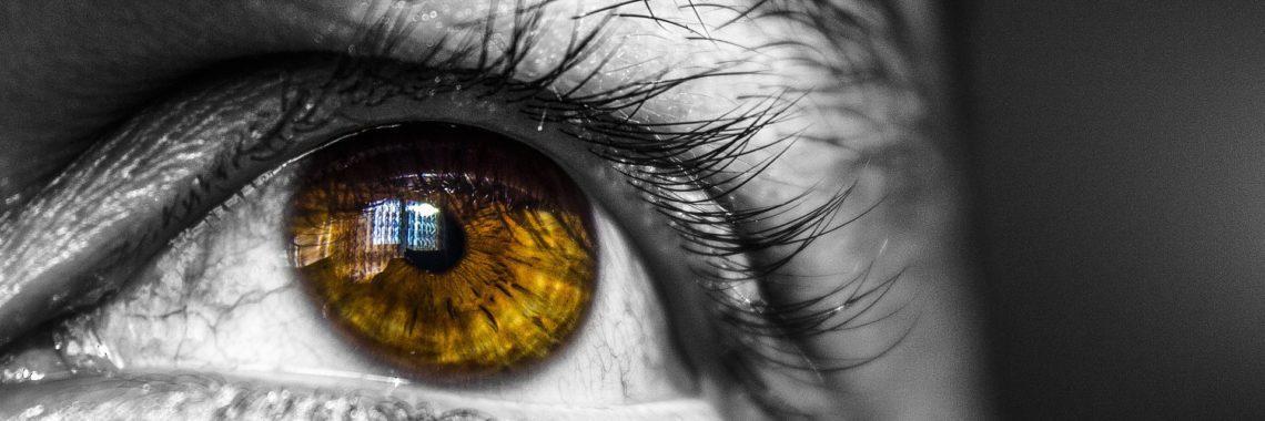 face 1282277 1920 1140x380 - Żółta plamka – jak wygląda leczenie?